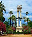 Panoramic walking tour in Seville