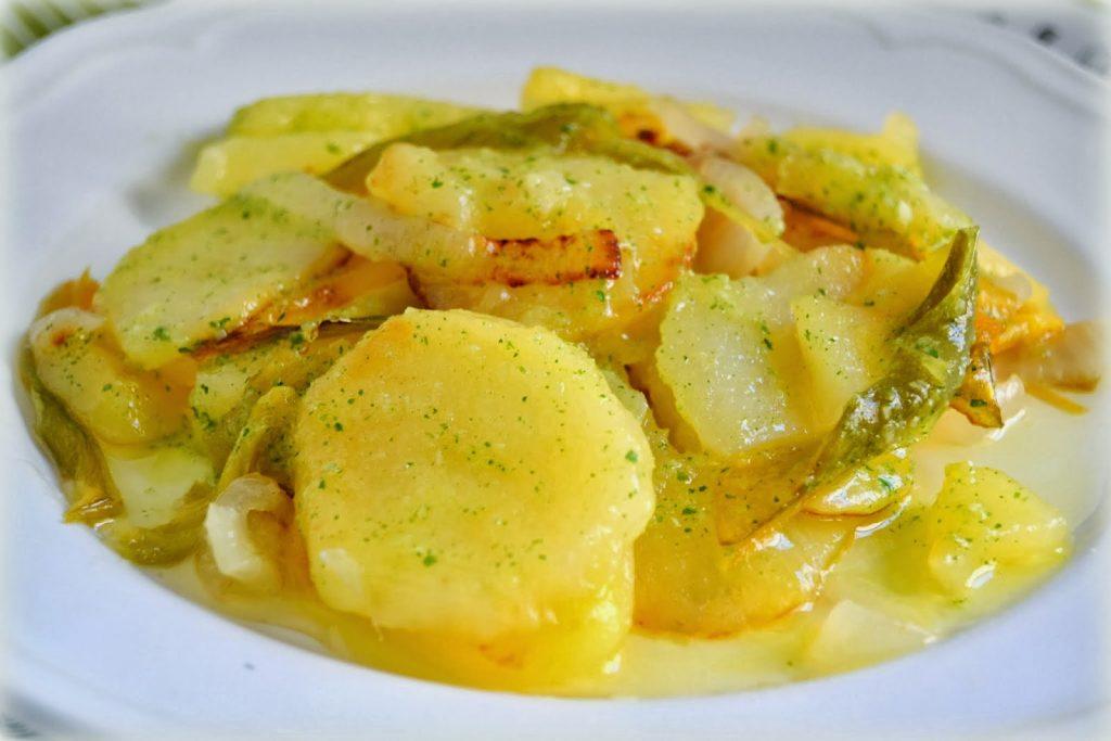 Patatas A Lo Pobre - Granada - Potatoes - Dish