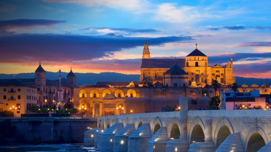 Visit Cordoba on your way from Granada to Seville