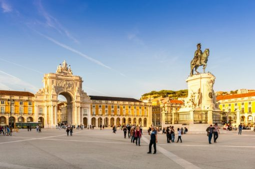 Celebrate your love, anniversary or honeymoon with a trip to Lisbon from Seville