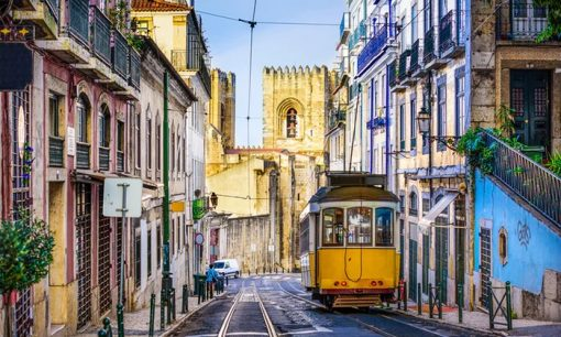 The easiest way of travelling from Spain to Portugal