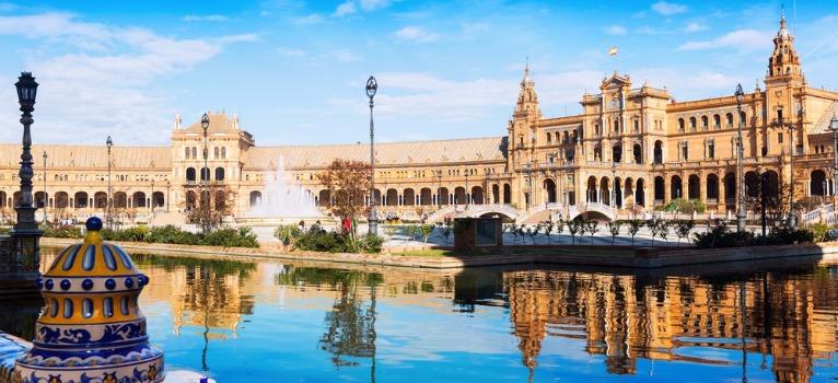 explore plaza de espana with private guide