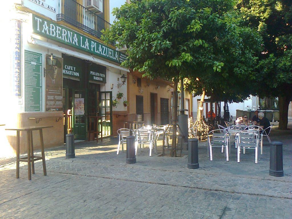 enjoy a summer vacation in Seville