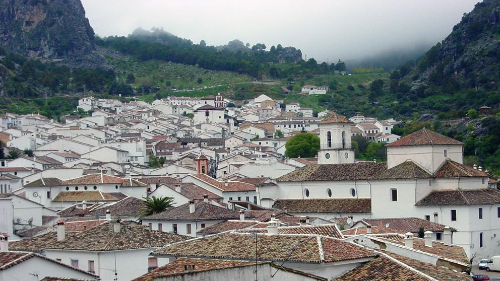 Luxury visit to white villages of Spain