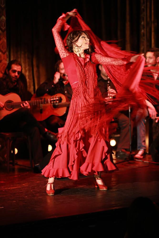 Flamenco on honeymoon