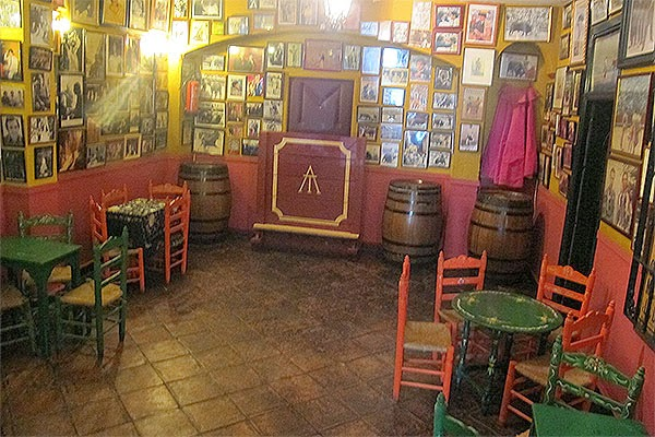 luxury flamenco experience in Seville
