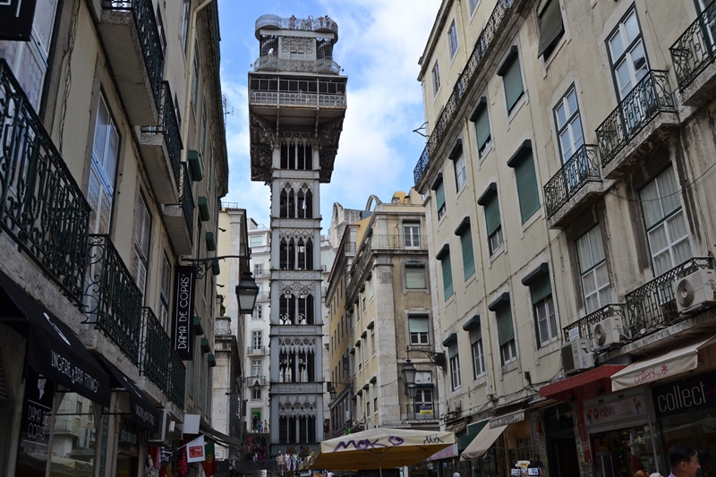 bespoke private tour of Lisbon on a weekend retreat