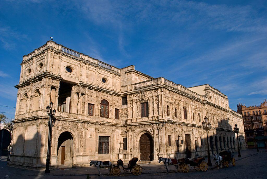 bespoke guided tour on city break in Spain