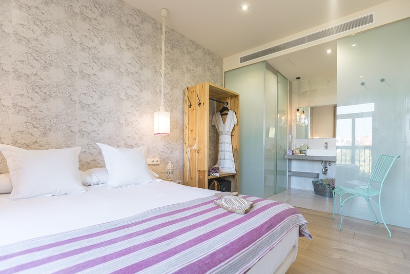 best hostels in seville