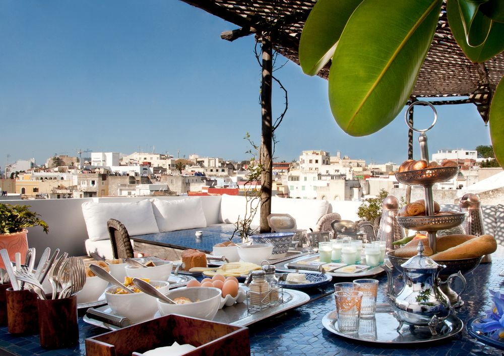 travel to Morocco/Tangier & Chefchaouen from Seville/Spain, accomodation in tangiers, trip to morocco