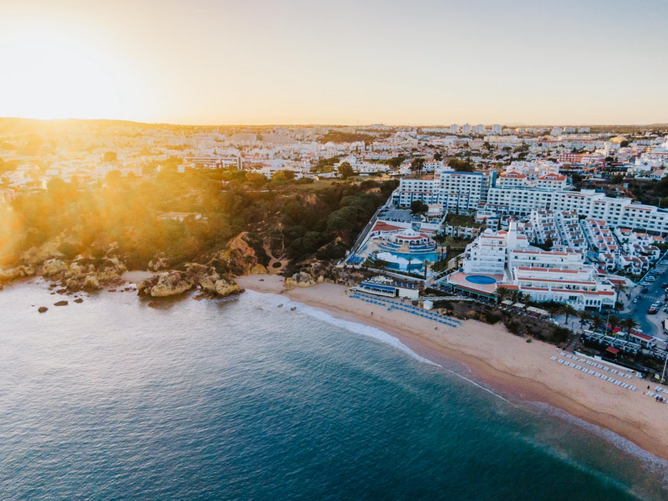 how to visit Portugal from Seville ; how to visit Algarve