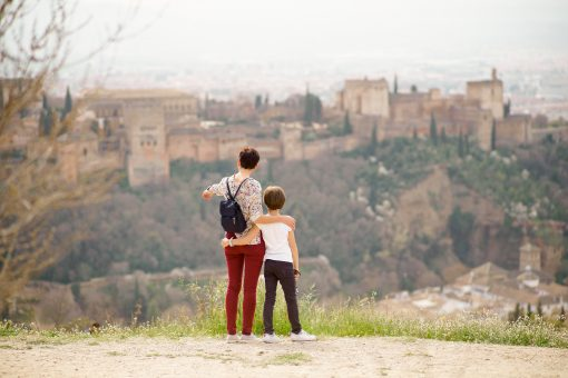 Family friendly Walking tour of viewpoints in Granada
