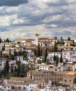 How to visit Granada on a walking tour