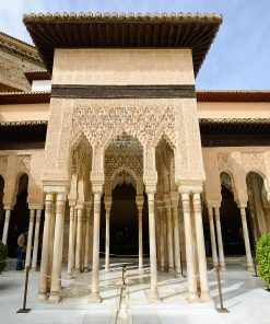 Visit the generalife and palaces in a private guided tour of the Alhambra