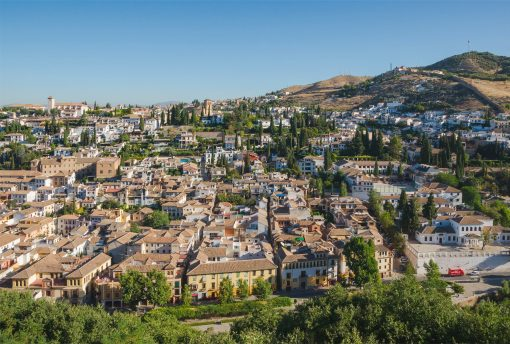 How to get to the best view points in Granada easily on a private tour