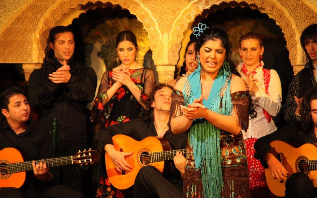 Find Gypsy flamenco in Granada walking tour