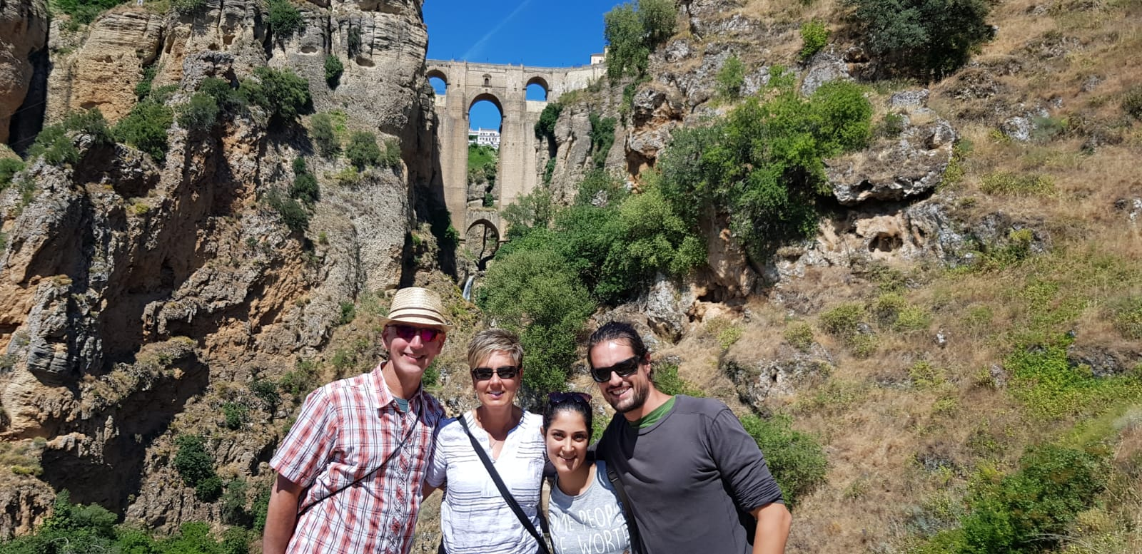 How to get to Ronda from Granada on a private day trip