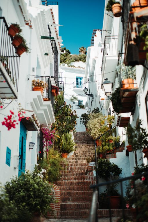 How to visit frigiliana from Granada on a day trip