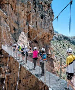 How to get to the caminto del rey from Granada