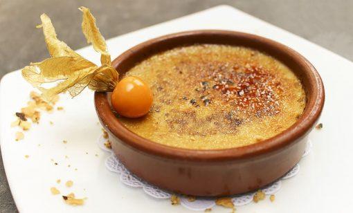 Crema catalana best Spanish dessert