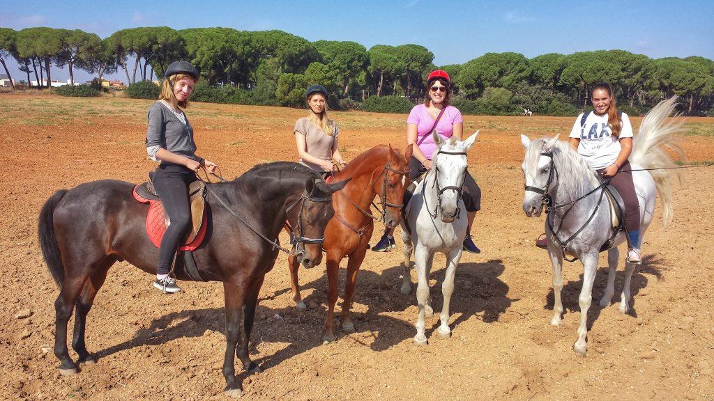 cómo montar a caballo en Sevilla